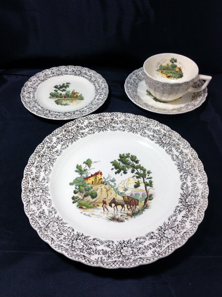 37 Piece Set Includes 6 Place Settings and Serving Pieces